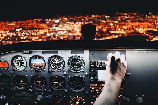 Контроль, и потеря контроля, самолёт.